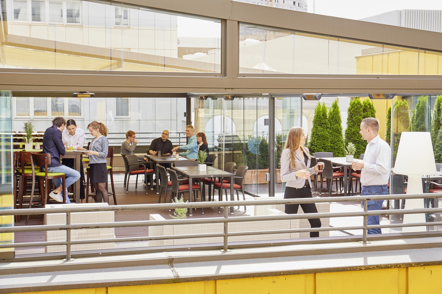 Fotogalerie Schulungsraume Lounge Wintergarten Und Terrasse
